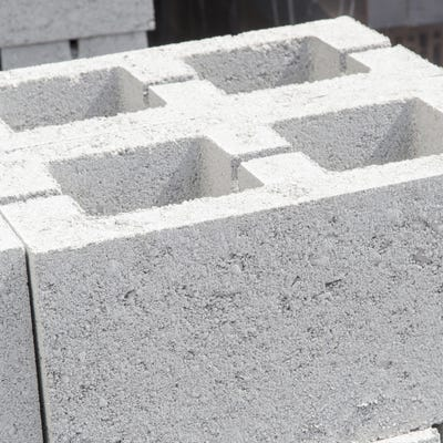 215mm Aero Block Hollow Concrete Block 7.3N 215mm x 440mm