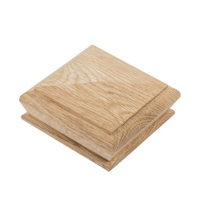 115mm x 115mm x 50mm Richard Burbidge White Oak Pyramid Newel Cap WONC7