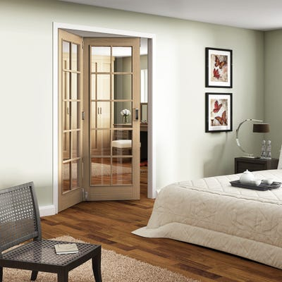 Jeld-Wen Internal Oak Huntingdon 10L Clear Glazed 2 Door Roomfold
