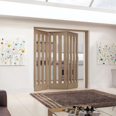 Jeld-Wen Internal Oak Aston 3L Clear Glazed 3 Door Roomfold 2047 x 2157 x 92mm