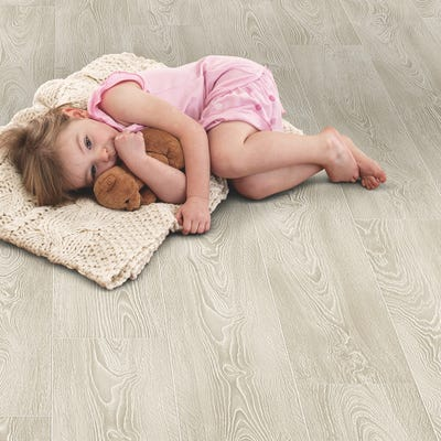 Elka 8mm Frosted Oak ELV207 Laminate Flooring