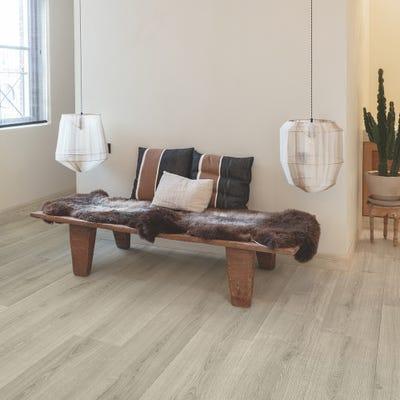 Quick Step Signature SIG4765 Brushed Oak Grey Laminate Flooring