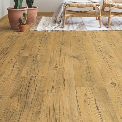 Quick Step Signature SIG4767 Cracked Oak Natural Laminate Flooring