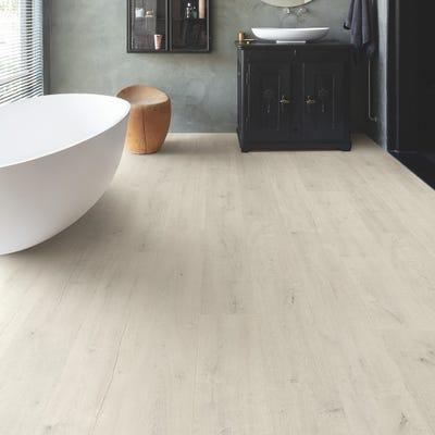 Quick Step Signature SIG4748 Soft Patina Oak Laminate Flooring