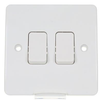 MK 10A 2 Gang 2 Way Light Switch White K4872WHI