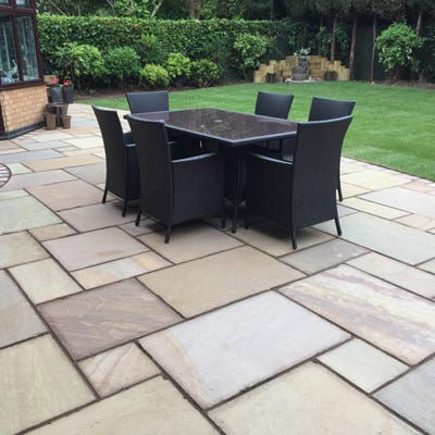 EM Calibrated Smooth Natural Sandstone Paving Gurdha Buff Patio Pack (15.3m²)