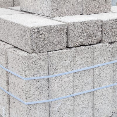 100mm Build Bloc Dense Concrete Block 7.3N 215mm x 440mm