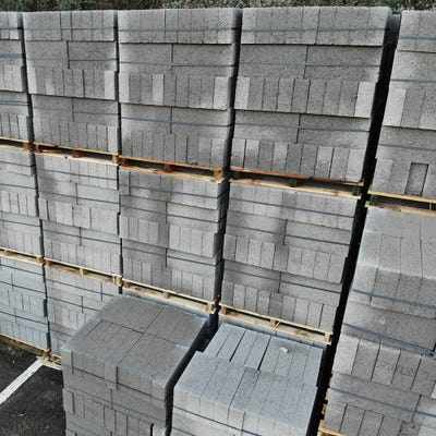 100mm Build Bloc Medium Dense Concrete Block 7.3N 215mm x 440mm