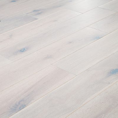 18 x 150mm Pure White Oak Matt Lacquered T&G Engineered Wood Flooring