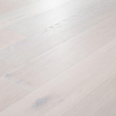18 x 189mm Pure White Oak Matt Lacquered T&G Engineered Wood Flooring