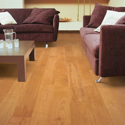 Quick Step Perspective UF864 Natural Varnished Cherry Laminate Flooring