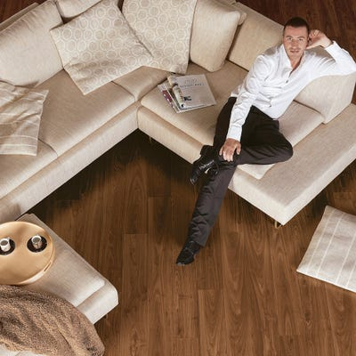 Quick Step Perspective UF1043 Oiled Walnut Laminate Flooring