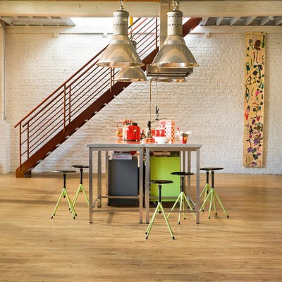 Quick Step Eligna Wide UW1541 Reclaimed Chestnut Natural Laminate Flooring