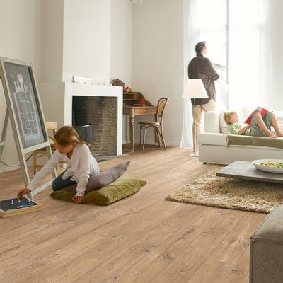 Quick Step Perspective Wide ULW1548 Oak Saw Cuts Nature Laminate Flooring