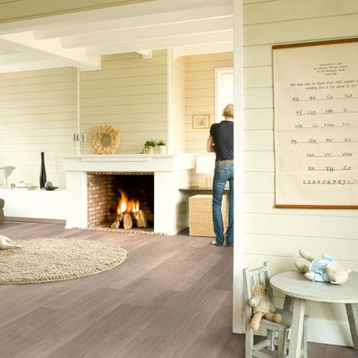 Quick Step Elite UE1304 Light Grey Varnished Oak Laminate Flooring