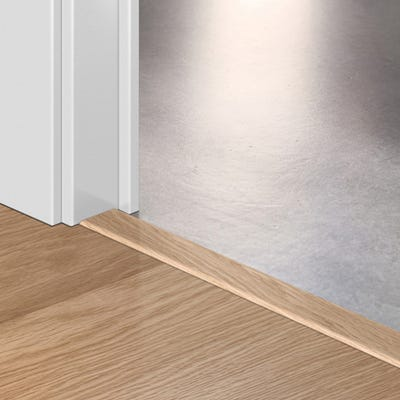Quick Step White Varnished Oak Incizo Profile 2.15m Design QS0915