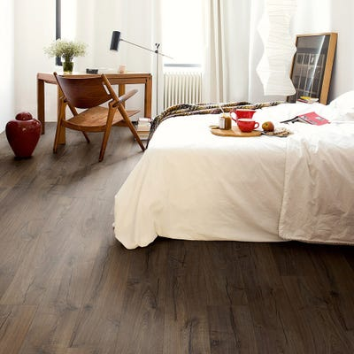 Quick Step Impressive IM1849 Classic Oak Brown Laminate Flooring