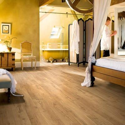 Quick Step Impressive Ultra IMU1848 Classic Oak Natural Laminate Flooring