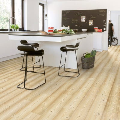 Quick Step Impressive Ultra IMU1860 Natural Pine Laminate Flooring