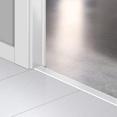Quick Step White Planks Incizo Profile 2.15m Design QS1859