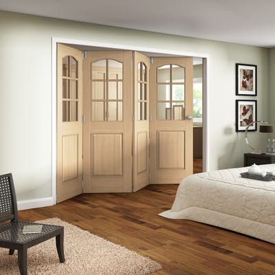 Jeld-Wen Internal Oak Huntingdon 6L Clear Glazed 4 Door Roomfold 2047 x 2849 x 92mm