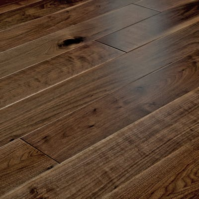 14 x 150mm Walnut Lacquered T&G Engineered Wood Flooring