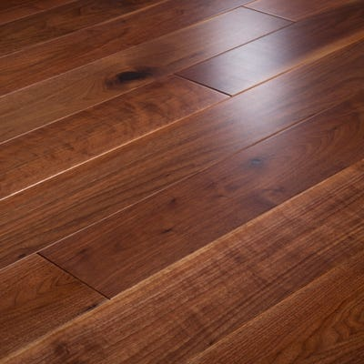 14 x 150mm Walnut Lacquered T&G Engineered Wood Flooring