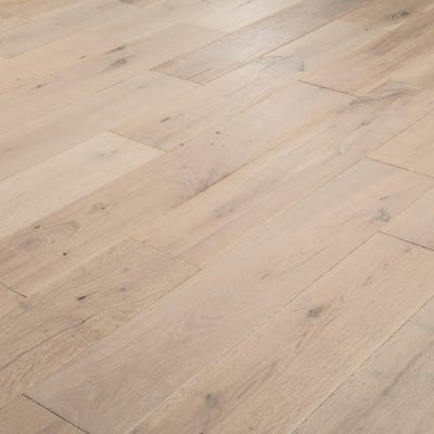 18 x 150mm White Oak Lacquered T&G Engineered Wood Flooring