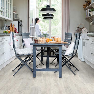 Quick Step Classic CL1653 Reclaimed White Patina Oak Laminate Flooring