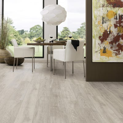 Krono Original Super Natural Classic 5542 Boulder Oak 8mm Laminate Flooring