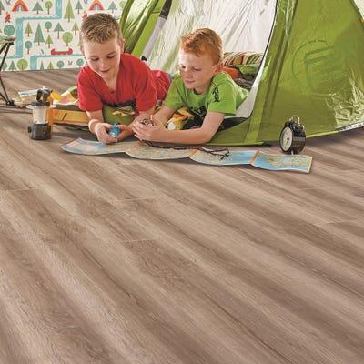 Elka 8mm Honey Oak ELV223 Laminate Flooring