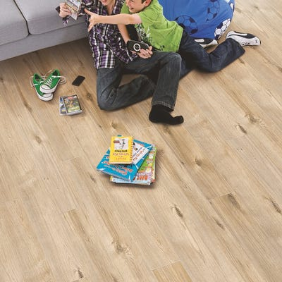 Elka 12mm Toasted Oak ELT226 Laminate Flooring