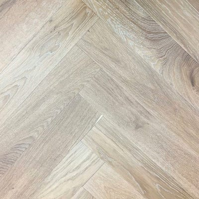 Elka 14 x 120mm Light Smoked Oak Brushed and Oiled Herringbone Engineered Wood Flooring ELKA14HBLSOAK
