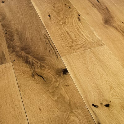 18 x 150mm Matt Lacquered Oak Solid Wood Flooring