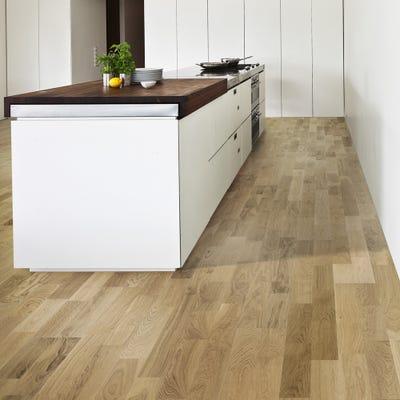 Kahrs 15 x 200mm Oak Verona Matt Lacquered Click Engineered Wood Flooring