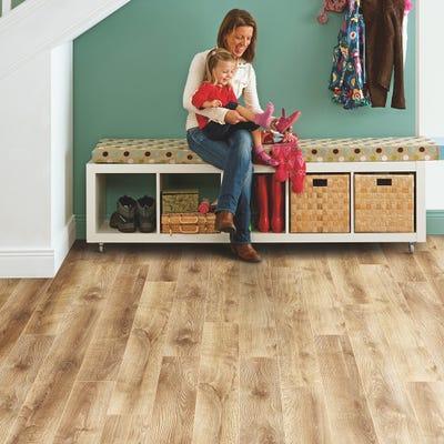 Elka 12mm Barn Oak ELT216 Laminate Flooring