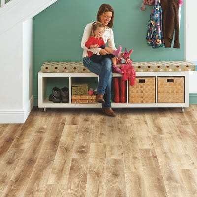 Elka 12mm Barn Oak ELT216 Laminate Flooring