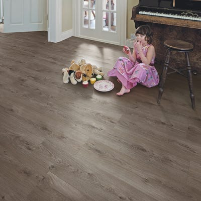 Elka 8mm Sienna Oak ELV203 Laminate Flooring
