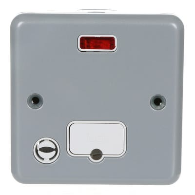 MK Metal Clad Unswitched Flex Outlet With Neon K986ALM