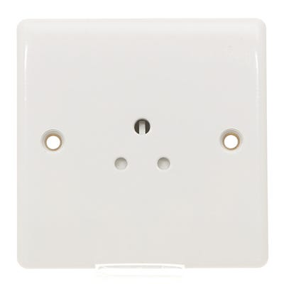 BG Nexus 2A 1 Gang Unswitched Round Pin Socket 828-01