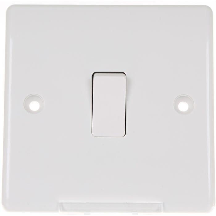 BG Nexus 10A 1 Gang 2 Way Light Switch 812-01