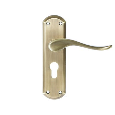Dale Sigma Door Handle in Antique Brass