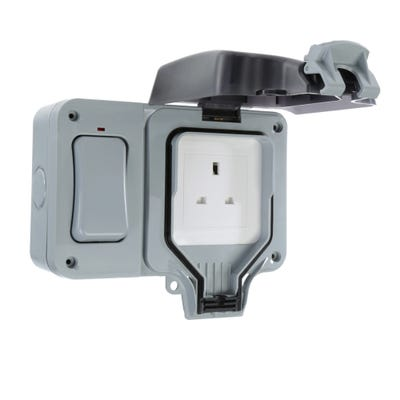 BG Nexus 13A 1 Gang IP66 Socket with External Switch WP21ES-01