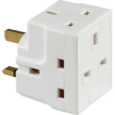 Knightsbridge 3 Way Fused Mains Adaptor 1375